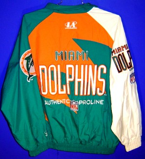 9a58d80bc91 Everything is sewn on this beautiful jacket. Aqua elastic cuffs and  waistband. This is a non-team issued jacket that remains in very good  condition by Logo ...